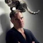 Morrissey w latach 80-tych był wokalistą legendarnego zespołu The Smiths | źródło: www.eventim.pl