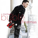 Najnowszy album artysty Michaela Bublé - Christmas -miał swoją premierę 24.10.2011 i zawiera 15 utworów | fot. www.michaelbuble.com zawiera
