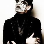 Urodzony w Kopenhadze Kim Bendix Petersen praktycznie od początku kariery muzycznej kojarzony jest z charakterystycznym makijażem | fot. www.kingdiamondcoven.com