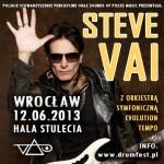 Steve Vai swoje pierwsze profesjonalne riffy gitarowe tworzył jako członek zespołu Franka Zappy.